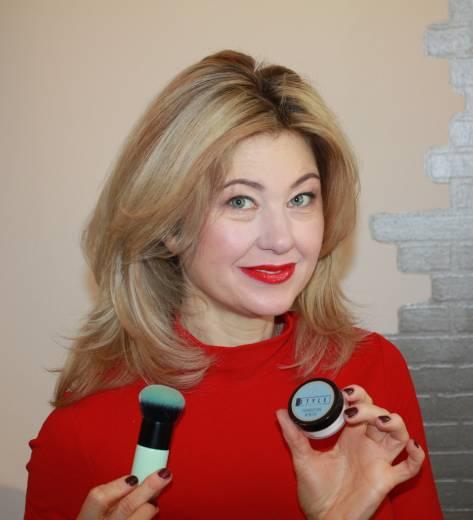 Make-up Box Wintertyp - für hellen Hautton
